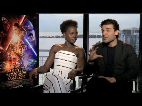 Ver Star Wars - Lupita Nyong'o y Oscar Isaac - Entrevista en español