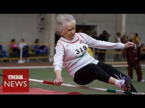 This 95 year old has 30 world records & 750 gold medals - BBC News