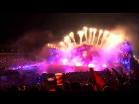 Dimitri Vegas & Like Mike   Live at Tomorrowland 2014 - (Mammoth-Body Talk)