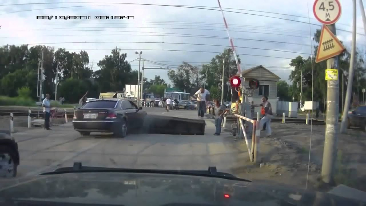 russian car crash compilation dashcam video today 18 2 2016 youtube. Black Bedroom Furniture Sets. Home Design Ideas