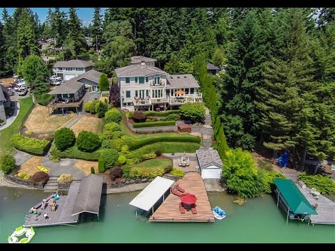 Luxury Waterfront Estate in Lake Tapps, Washington