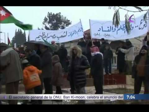 """""""Continúan los conflictos y protestas en África 07/02/11"""" EfektoTV Noticias Internacional:"""