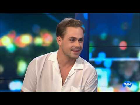 """Stranger Things"" Dacre Montgomery - Words of Wisdom - LIVE Australian Tv Interview"