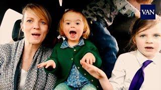 50 madres cantan en el coche junto a sus hijos con síndrome de down