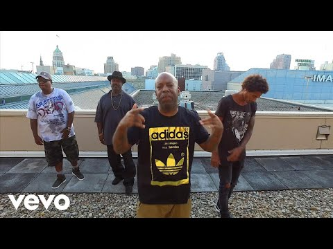 Outlawz  100 ft Mike Green, Ronnie Spencer