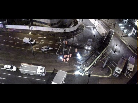 Croydon Wellesley road tram crash (extended)