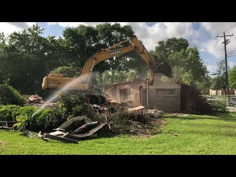 Hurricane Harvey House Demolishing, Houston Meyerland Neighborhood
