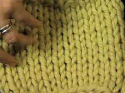 How to Tell the Difference Between Knit and Purl Stitches (knitting) - YouTube