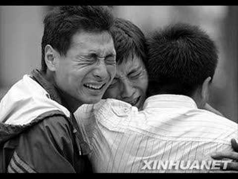Sichuan Earthquake 2008 - Keep Holding On