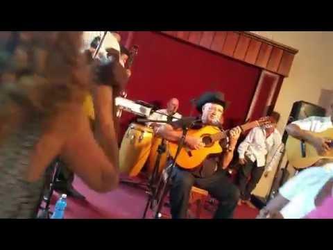 ''El Cuarto de Tula' | Eliades Ochoa live | Casa de la Trova