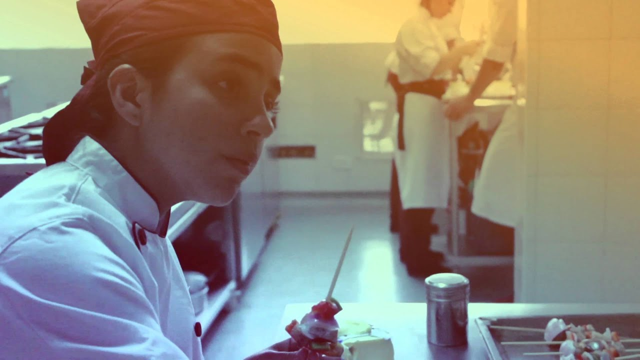 T cnico laboral en cocina youtube - Tecnico en cocina y gastronomia ...