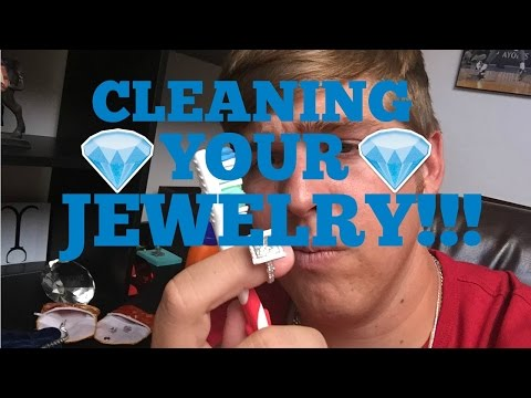 How to CLEAN YOUR DIAMOND JEWELRY!