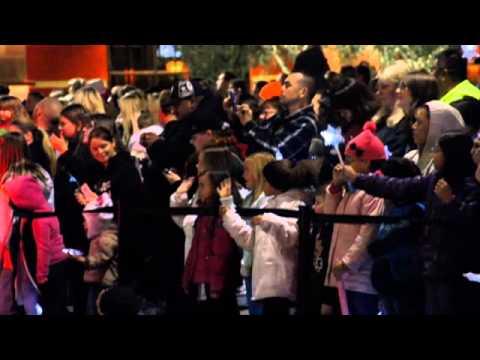 Christmas Parade - The Vintage Faire Mall - Modesto, California ...