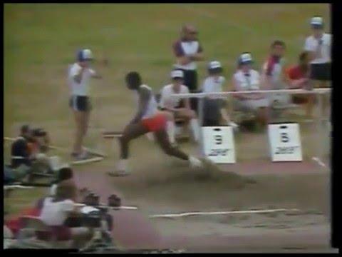 CARL LEWIS 8.79 (+1.9) Indianapolis 19/6/1983