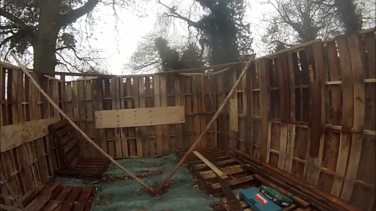 how to build a storage shed out of pallets