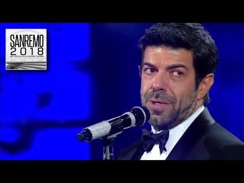 Sanremo 2018  L'inedito mashup di Pierfrancesco Favino