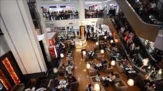 First Flash Mob in Iraq (Al-Mansour Mall) اول فلاش موب عراقي