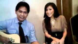 Callista Wijaya with Obbie Messakh sing Hati Yang Luka.3GP