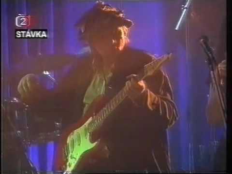 Iva Bittova & Dunaj - Sen (live 1996)