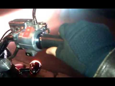 лодочный мотор работает с перебоями и глохнет