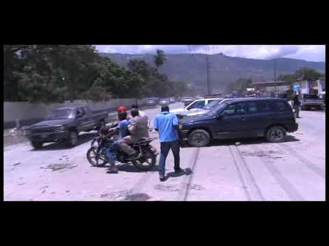 Désolant spectacle d'insalubrité devant le Palais de Justice de Port-au-Prince
