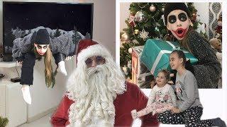Deda Mraz i JOKER!!! Jurnjava za POKLONIMA! SANTA CLAUS AND JOKER!