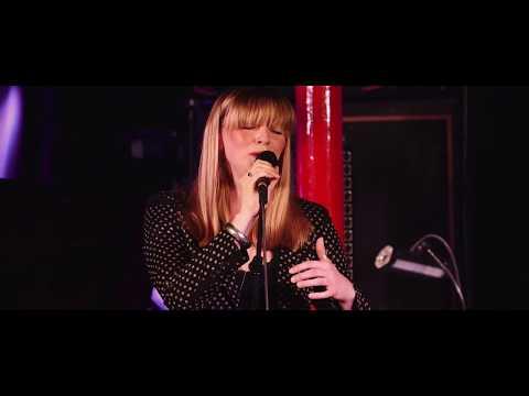 Nia Lynn & Bannau Trio - 'Paris Stones' - Whirlwind Sessions