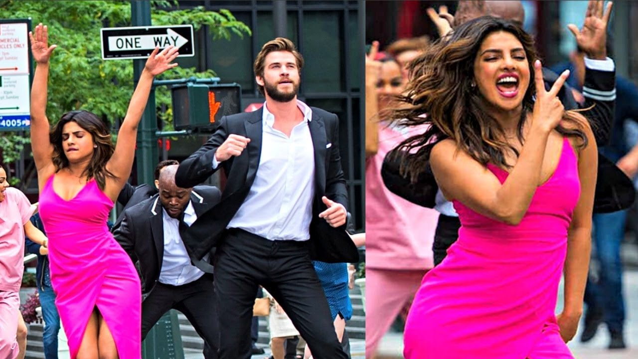 Priyanka Chopra Dance With Liam Hemsworth On New York Street For Isn't It Romantic Movie
