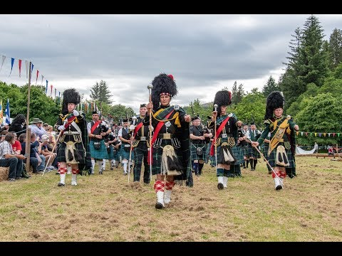 Chieftain opens the 2018 Drumtochty Highland Games and welcomes the Massed Pipes and Drums