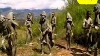 رجال الطين اغرب قبائل العالم