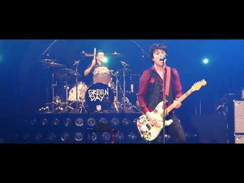 Green Day - Basket Case & She │ Revolution Radio Tour, Ljubljana 2017
