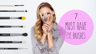 7 Must Have Eye Brushes
