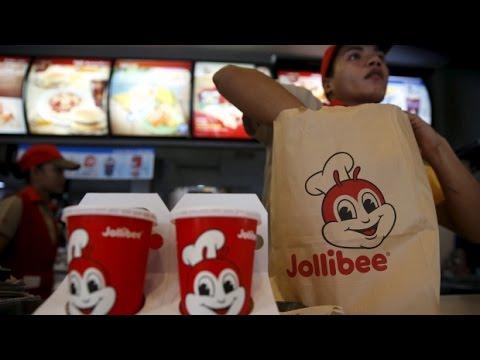 The buzz around Jollibee: First Canadian location to open Winnipeg