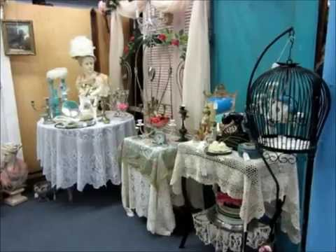 Vintage Shabby Chic - Kiki's Booth - Antique & Collectibles Mall - MiBelia In Texas