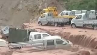 Video Banjir Bandang TERDAHSYAT di Tahun Ini,, Melebihi Bencana Tsunami.. download MP3, 3GP, MP4, WEBM, AVI, FLV Agustus 2018