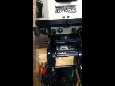 7 5 hp honda 4 stroke outboard motor demo model bf 75 for Honda 2 5 hp outboard motor