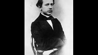 Pyotr Ilyich Tchaikovsky's Piano Trio in A minor 「偉大な芸術家の思い出」 thumbnail