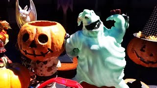 Halloween Time 2017 food and treats preview display at Disneyland Resort