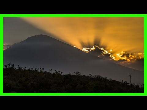Breaking News | Bali volcano warning for mount agung
