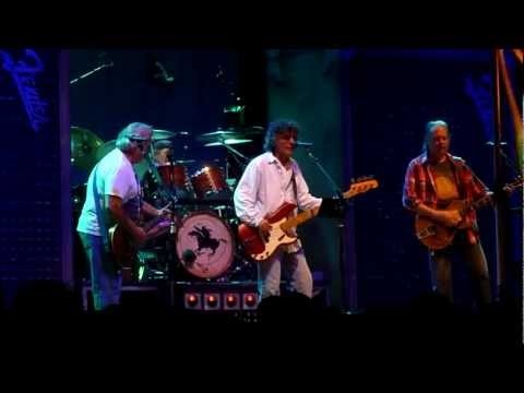 Neil Young & Crazy Horse -- Born In Ontario -- Live in Toronto