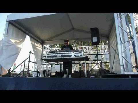 Adam Bartas @ Future Music Melbourne 09 HQ