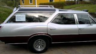 Oldsmobile Vista Cruiser - 72