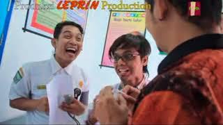Video Mak Lepoh Yuang Kulai Ajo Latuih - Rumah Sakik (Lawak Minang) download MP3, 3GP, MP4, WEBM, AVI, FLV Agustus 2018