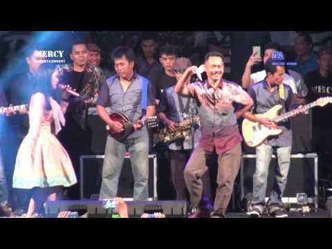 Download Bangbung Hideung Banjir Saweran - Voc. Lesti With OM. MERCY Mp4 baru