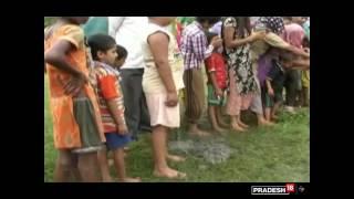 चमत्कार! धरती से प्रकट हुए भोलेनाथ, दर्शन के लिए पहुंचे नाग देवता