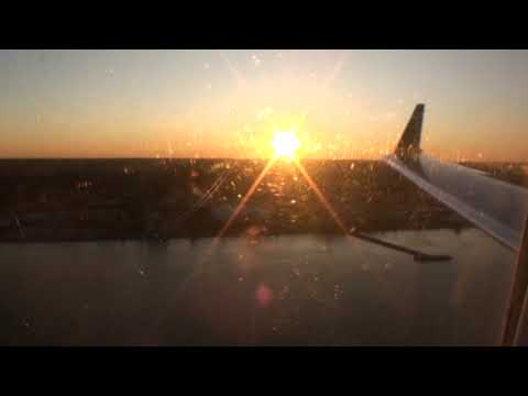 Bombardier CRJ-200 landing in Washington National on US Airways