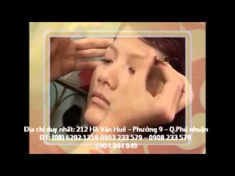 Nguyen Hung makeup Tran Van Anh