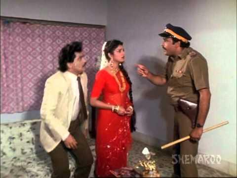 Double Role Dhamaka - Dokyala Taap Nahi - Laxmikant Berde - Priya Arun - Varsha Usgaonkar