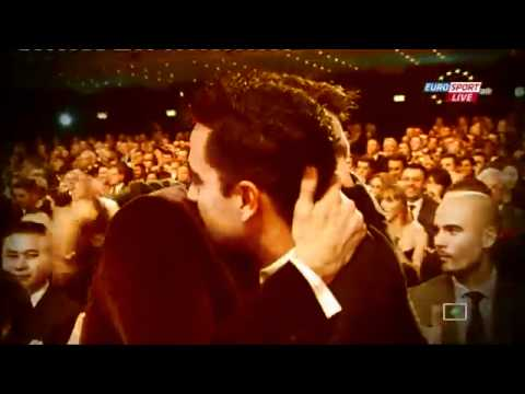 Lionel Messi Fitues I Topit Te Art 2011 Fifa Ballon d'Or award ) - Golden Ball !