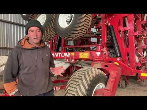 Mallee Farmers review the Morris Quantum Air Drill